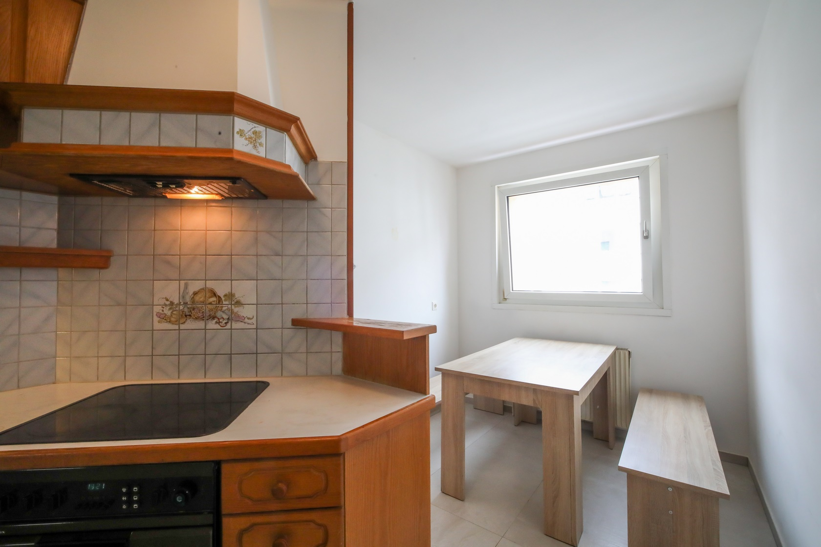 Monteurunterkunft Top M1 in 1120 Meidling Küche , Essplatz