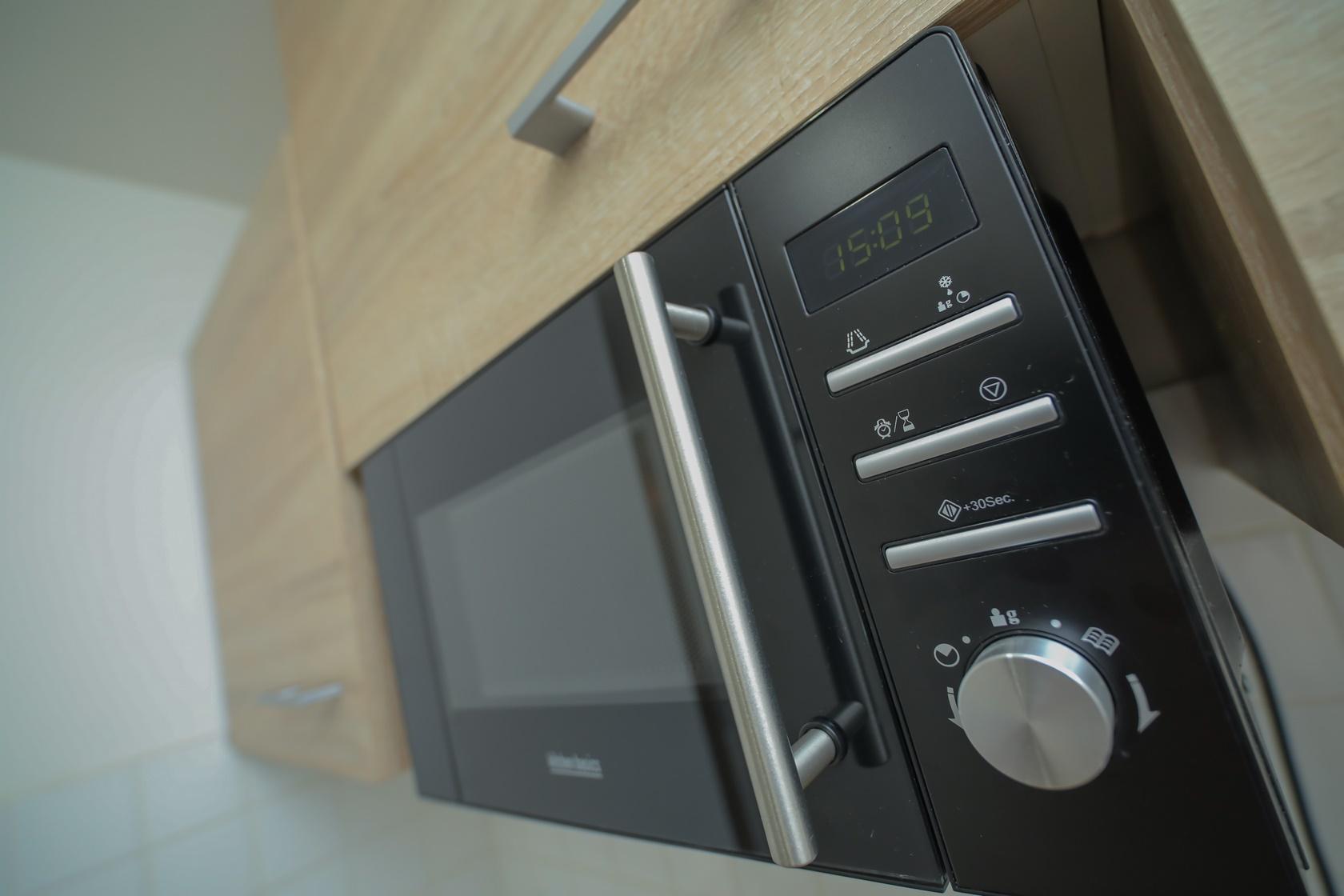 Top DH2 Küche Mikrowelle